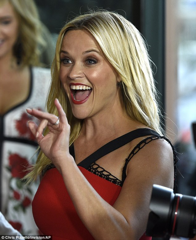 Hey y'all: The actress, 41, looked excited to greet her fans at the DGA Theater for the screening