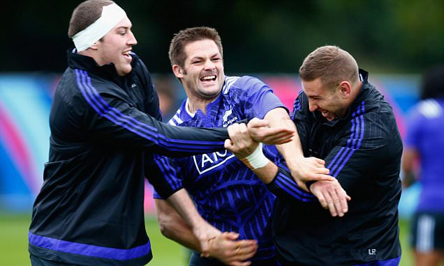 New Zealand get to work at luxury base on the Thames for the first time as Rugby World Cup