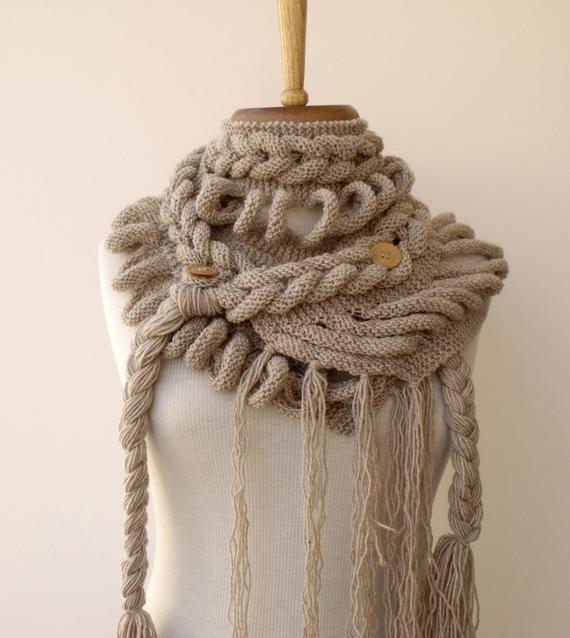 d6c6a89d - Шапочка и шарф спицами в необычной технике