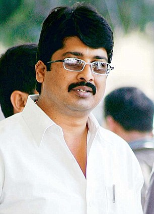 Independent MLA for Kunda Raghuraj Pratap Singh alias Raja Bhaiyya became prison minister in March 2012 and then rejected the proposal to increase the police strength at the jail