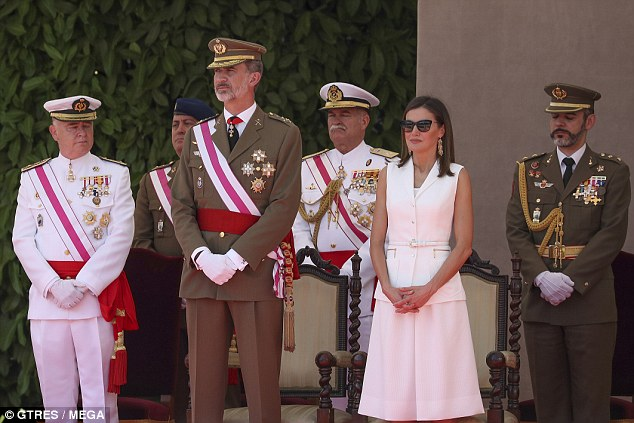 All white! Queen Letizia (pictured with King Felipe VI, second left)donned a crisp white skirt suit for the delivery of the Reales Despachos, held at Academia Central de la Defensa