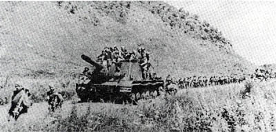 5th Army forces on the road to Mutanchiang