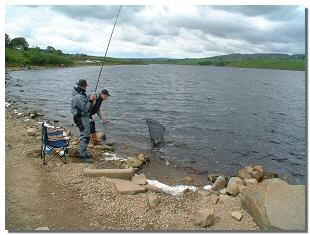 Picture of fishermen landing a catch