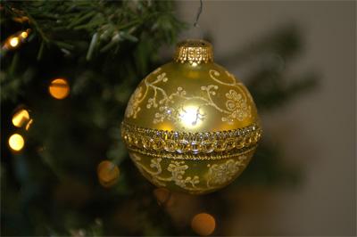 Christmas Bulb Taken with 70mm lens