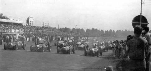 GP Monza - 1950, trzy Alfy 158 i Ferrari 375