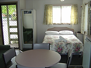 Park Cabins 2 Berth