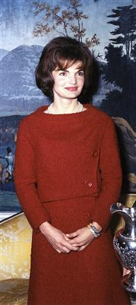 Mrs. Kennedy in the White House Diplomatic Reception Room, 05 December 1961.
