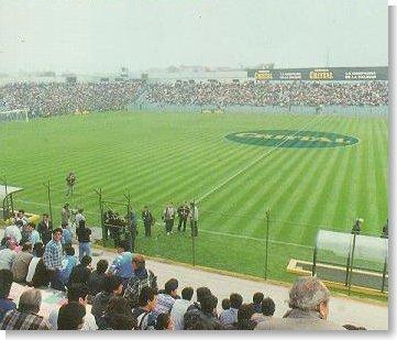 Histórica foto de la mañana de la inauguración del San Martín (foto:globalstadia.com)