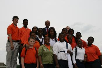 May 15, 2008 -- Congressman Jefferson with students from Carver Elementary