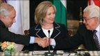 Israeli Prime Minister Benjamin Netanyahu (L), US Secretary of State Hillary Clinton (C) and Palestinian Authority President Mahmoud Abbas (R) - 2 September 2010