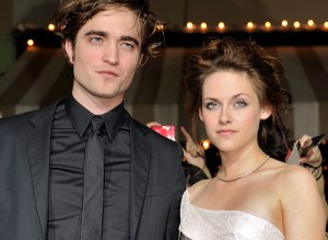 robert pattinson and kristen stewart 300x219 Top 10 celebrity couples