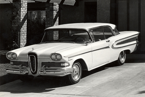 1958 Edsel Citation by Roadsidepictures (https://web.archive.org/web/20120611074314/http://www.flickr.com/photos/roadsidepictures/?), on Flickr.