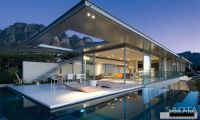 Modern and Minimalist Home Design Ideas – The Crescent House in Camps Bay