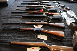 illegal guns sold in states 300x199 Top 10 U.S. states illegal guns used for crimes