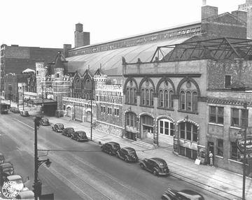 Coliseum circa 1942. Click to open large photo.