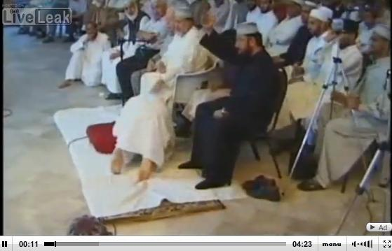 Link to Video Face of Moderate Islam - Prostrating To Dr. Tahir-ul-Qadri, the Ambassador of Peace