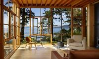 Cliff House Timber and Glass with Fresh Nature Surround in Washington – Davis Residence