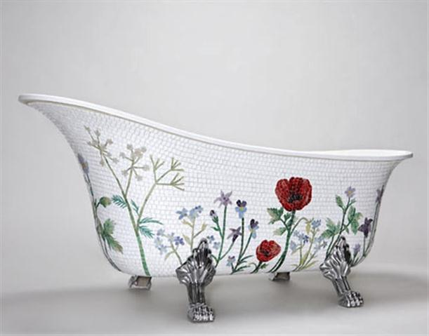 Pictures Unique Mosaic Bathtub with Classic Flowery Style Design