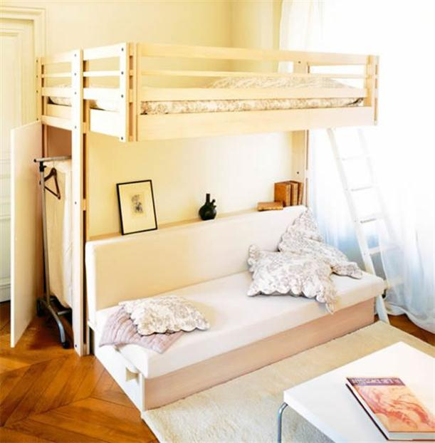 Two storey bed at Small Size Bedroom with Maximize Furniture Design