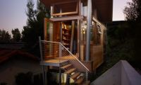 Amazing Tree House – Contemporary office and Private Relaxing Gateway in Backyard
