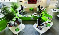 Awesome Green Office Work desk – Beta Workplace System by Pierandrei Associati for Tecno