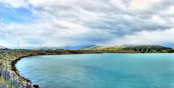 One of the views greeting us as we head South from Mount Cook
