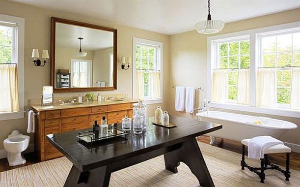 Very Luxury Bathtubs on Modern Interior Design by Shawn Henderson