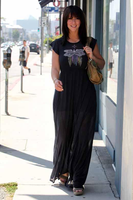 Jennifer Love Hewitt in Maxi Sheer Dress