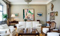 Luxury and Classic Townhouse Design with Traditional Interior Design