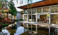 Contemporary Large Man made Pond Remodeled House – Green House Design