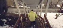Sport : Démonstration de ski urbain