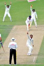 James Lawton: Ajmal, the smiling avenger, carries Pakistan down road to redemption