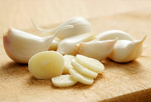 garlic cloves Natural Home Remedies