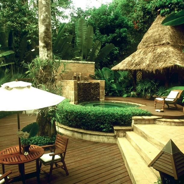 Natural backyard spa design on Pimalai Resort and Spa