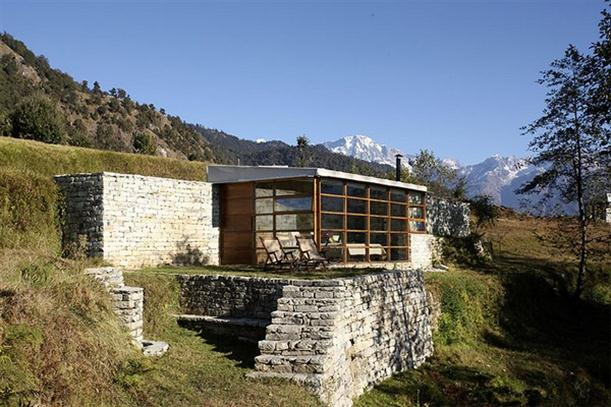 Great view Mountain Home Design Features Stone and Glass Wall