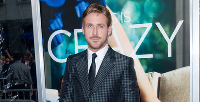 Ryan Gosling, one of Hollywoods hottest hunks, became even hotter when footage of him breaking up a fight between two guys in New York City leaked!