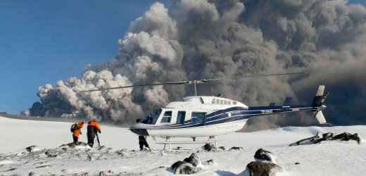 Filmcrew am Vulkan Eyjafjallajökull: Immer neue Aschewolken