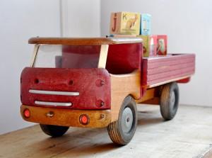 vintage wooden toy truck 300x223 Vintage Wooden Toy Truck