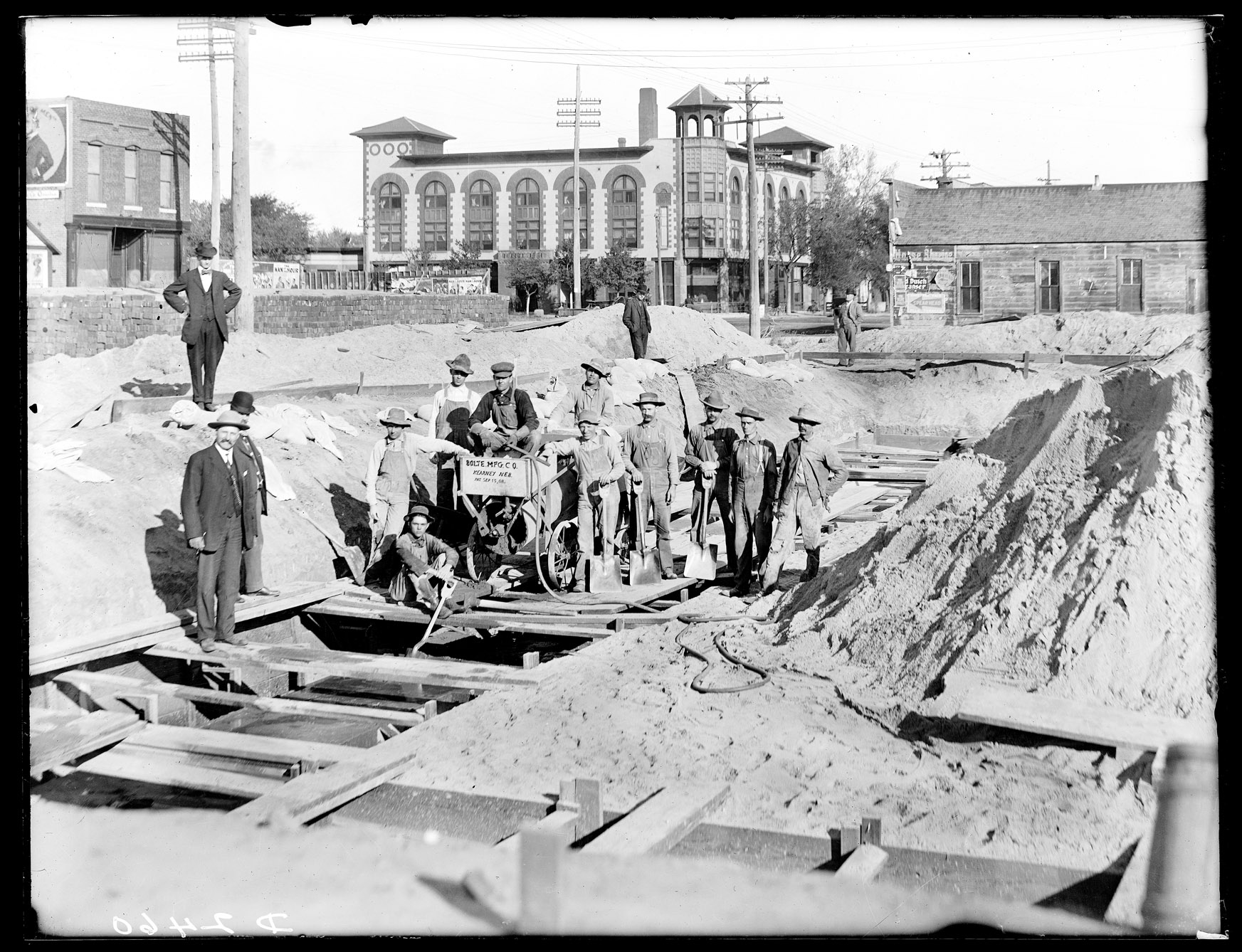 Work crew laying the foundation for the Kearney Post Office.  NSHS Solomon Butcher collection, RG2608.PH-2460.