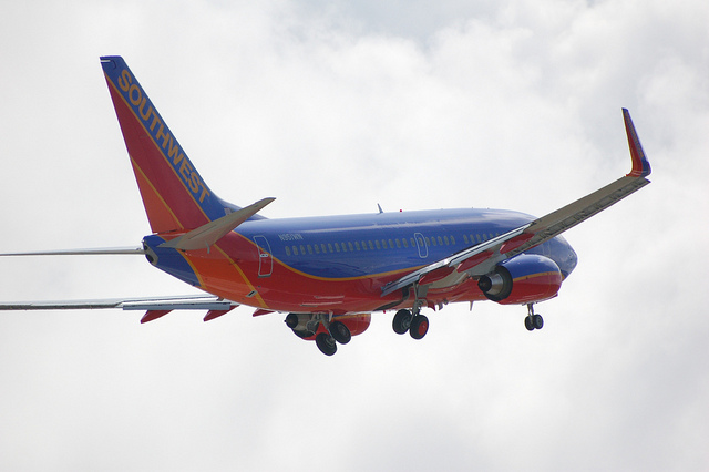 Southwest Airlines Boeing 737-700 N951WN
