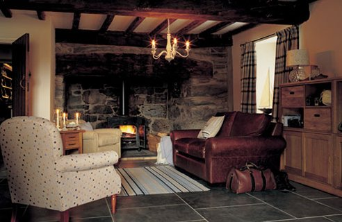 Cottage Style Living Room Design And Decorating Ideas