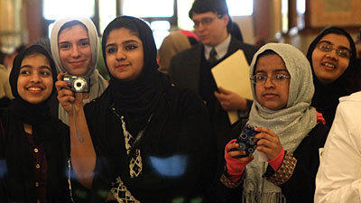 Muslims bypass Mormons as fastest-growing religion in Illinois