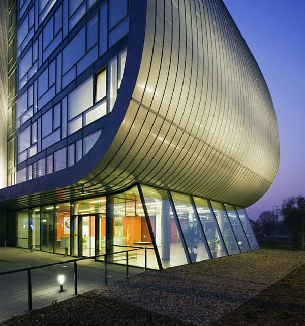 Trụ sở văn phòng Autoklub ở Budapest, Hungary - Archi