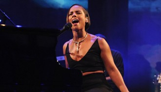 Alicia Keys Debuts 'Brand New Me' Song At 2012 iTunes Festival