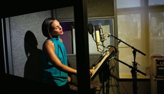 Alicia Keys Admits Vocal Struggles With 'Girl On Fire'