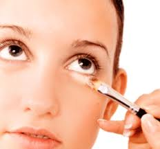 CONCEALERS FOR OILY OR ACNE PRONE SKIN