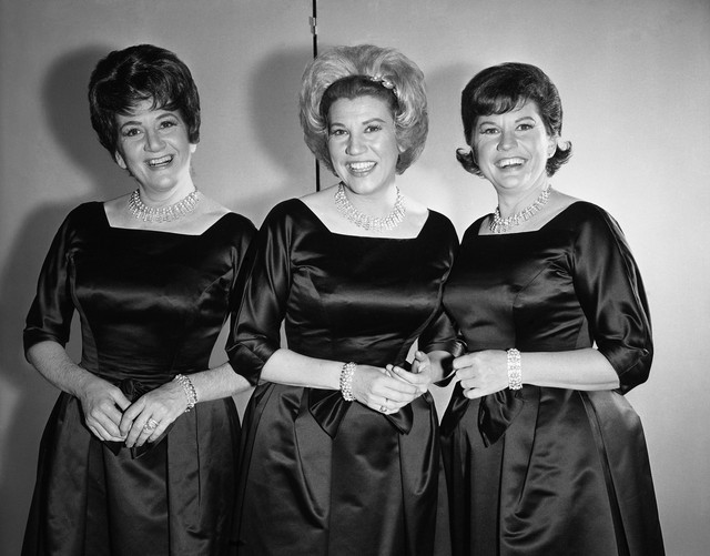 Patty Andrews of the Andrews Sisters is Dead At 94