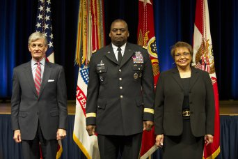 Farewell ceremony in honor of Gen. LLoyd Austin