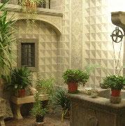 Innenhof - Schloss Santa Cristina
