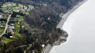 <b>Photos:</b> Whidbey Island landslide